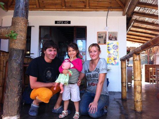 Hospedaje Ecológico Las Terrazas de Punta Sal: Con nuestros anfitriones