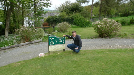 Priskilly Forest Country House with Golf Club: Garrick Porteus on the 1st Tee at Priskilly