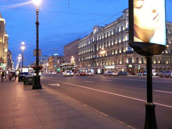 Avenida Nevski: Nevsky Prospekt st