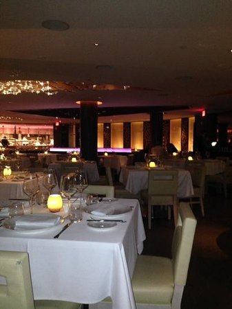 Gotham Steak - Fontainebleau Miami Beach: the Gotham