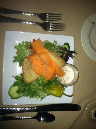 Goldmoor Inn : Salad with AWESOME bacon dressing