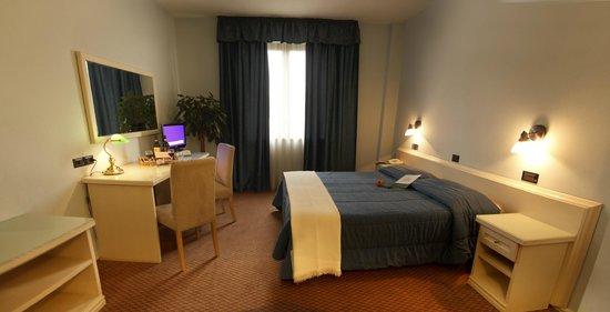 Il Grifo Hotel e Prosciutteria: .