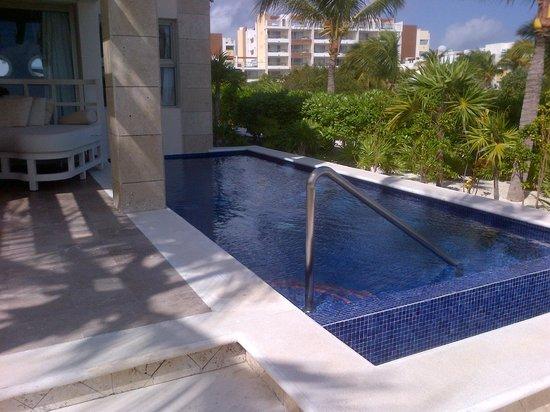 Beloved Playa Mujeres: Our Pool Again