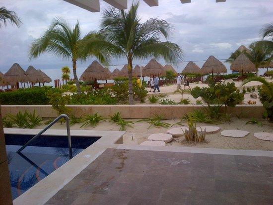 Beloved Playa Mujeres: Pool with a view