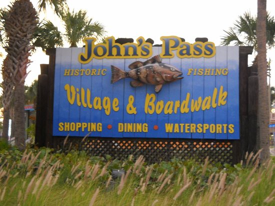 John's Pass Village and Boardwalk: entrance