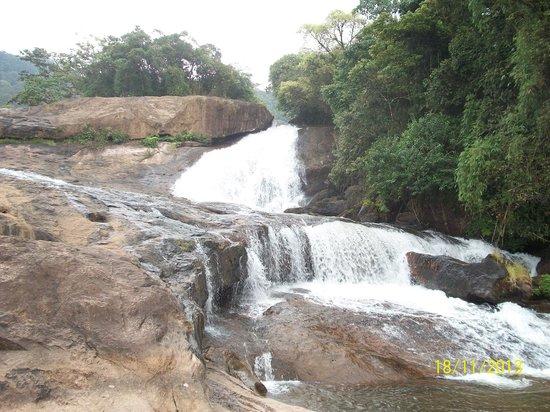Wild Elephant Eco Friendly Resort : Waterfalls