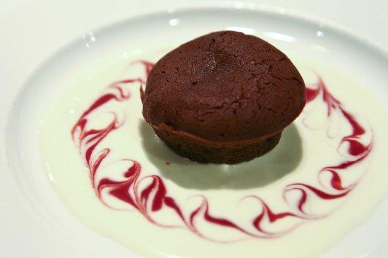 Club Med Cherating Beach: Lava Cake