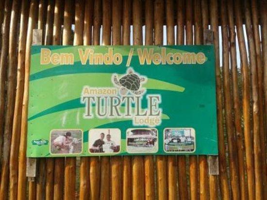 Amazon Turtle Lodge: Placa de Entrada do Hotel