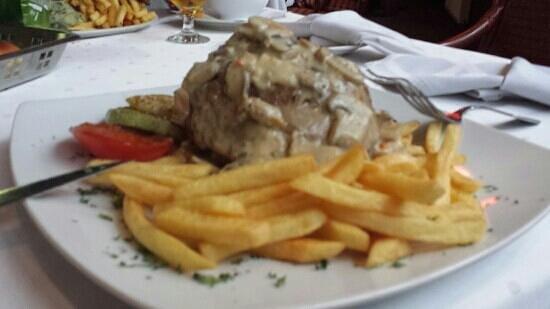 Hotel Zlatiborska Noc: bonne assiette