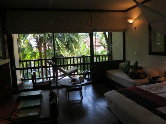 Belmond La Résidence d'Angkor : Zimmer und Balkon