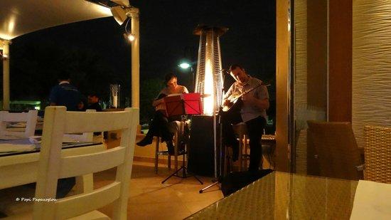InterContinental Doha: The band at Mykonos
