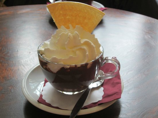 K+K Hotel Fenix : choc cafe scrummy hot chocolate to die for!!!!!