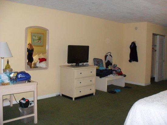 Amara Cay Resort : clean and spacious room