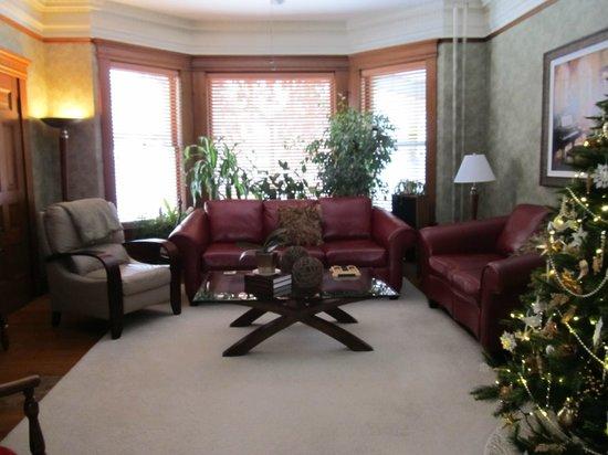 Waller House Inn: Sitting room