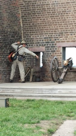 Old Fort Jackson: Great form!