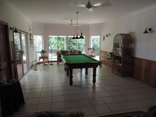 A Tropical Escape B&B: pool billard
