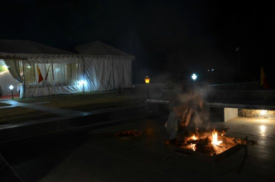 Ajitbagh : Bonfire