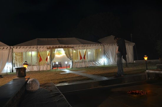 Ajitbagh : Main tent and dining area
