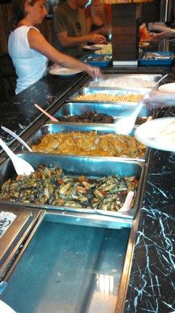 Scuba Junkie Mabul Beach Resort: Dinner
