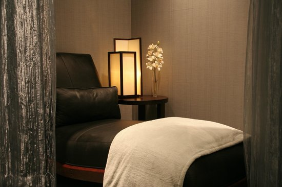 The WELL Spa will provide you with a locker, robe and slippers during your stay with us.