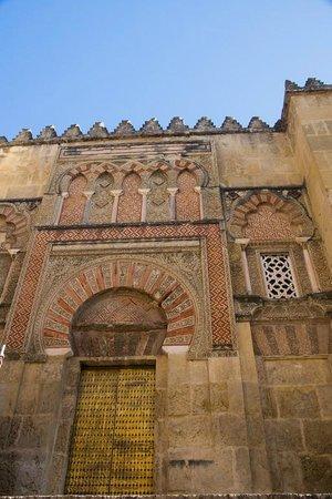 Mezquita Cathedral de Cordoba: Moorish doorway