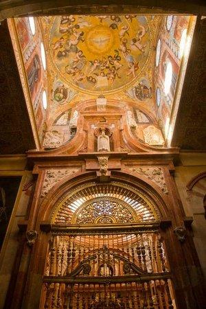 Mezquita Cathedral de Cordoba: Chapel