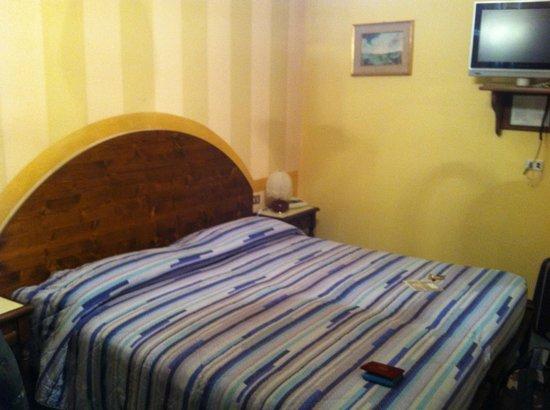 Hotel Pare: Camera da letto