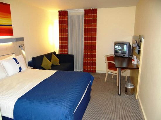 Holiday Inn Express Stansted Airport: HIE STN Airport - room 326