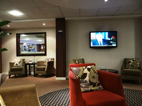 Holiday Inn Express Stansted Airport: HIE STN Airport - lobby