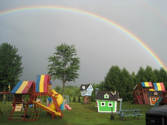 North Colony Motel and Cottages : our Playground area