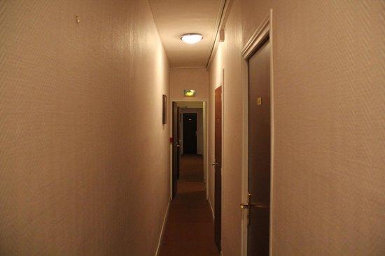 Hotel du Brabant : Коридор