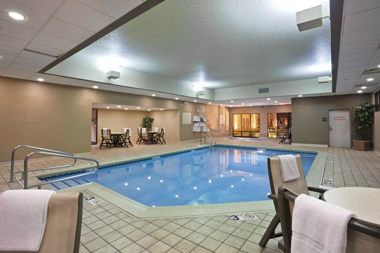 Hampton Inn Sioux Falls: Indoor Pool and Whirlpool