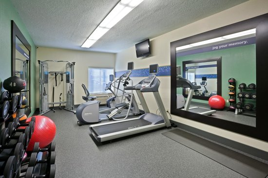 Hampton Inn Sioux Falls: Jumpstart Fitness Center