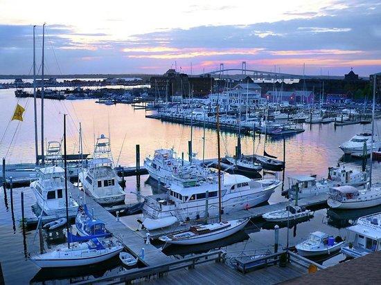 marina sunset with newport bridge picture of newport. Black Bedroom Furniture Sets. Home Design Ideas