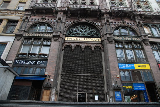 Ferenciek Tere Apartments: Entrance