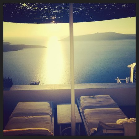 Dana Villas Hotel & Suites: The view from our private balcony
