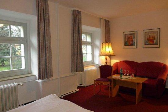 Parkhotel Schloss Meisdorf: Meisdorf - 4Bett-Zimmer 163