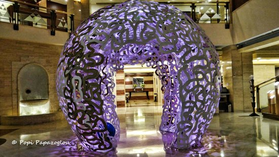 Coral All Day Dining : The entrance of the Coral