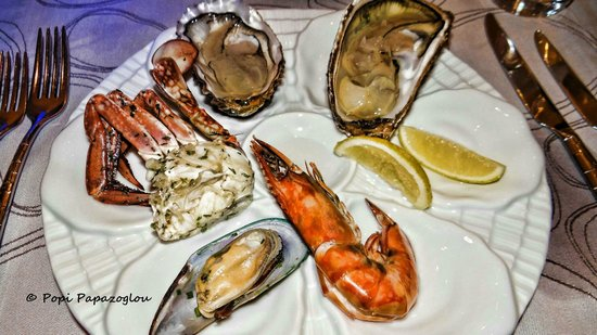 Coral All Day Dining : My seafood plate