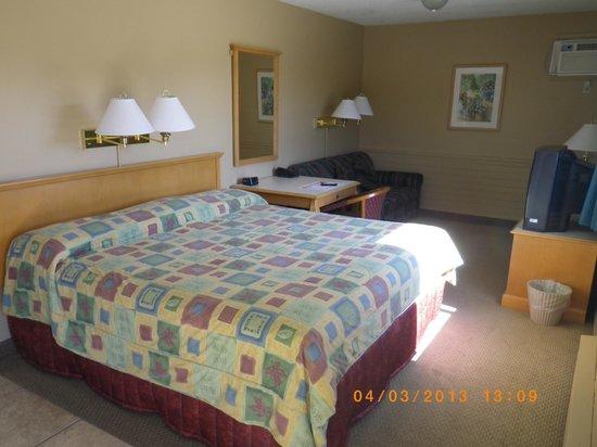 Okanagan Seasons Resort: Standard room