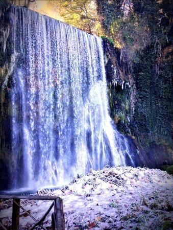 Hotel Monasterio de Piedra & Spa: El agua que fluye, para, se congela y continúa su camino...