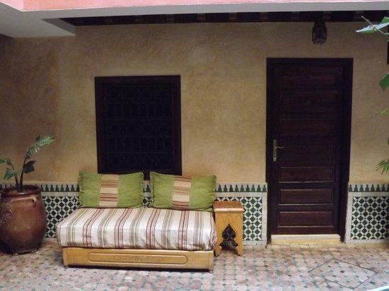 Hotel Cecil Marrakech: Entrada de la habitacion
