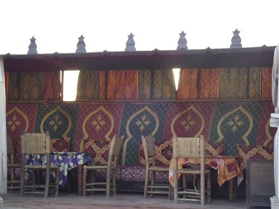 Hotel Cecil Marrakech: Terraza