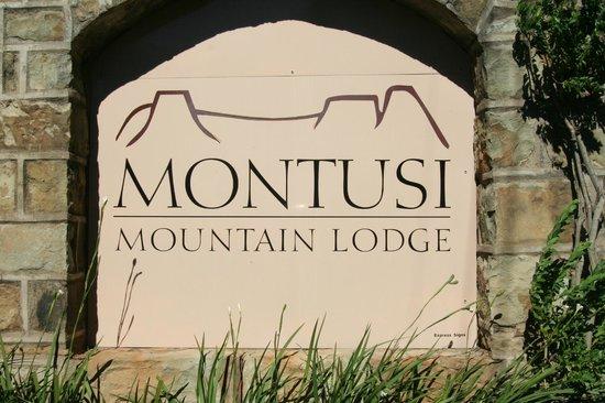 Montusi Mountain Lodge: Begrüssung