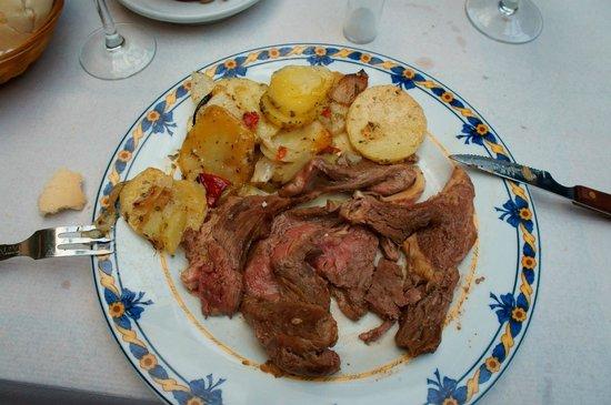 Museo Agricola de Ubeda: Carne, segun ellos entrecot