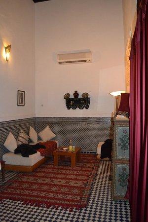 Riad La Cle de Fes: lounge area