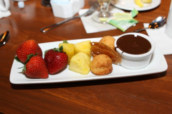 Kona Cafe: Chocolate Fondue