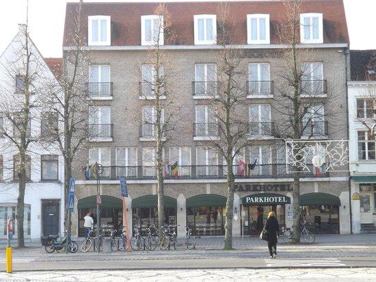 Park Hotel Brugge : Front of hotel