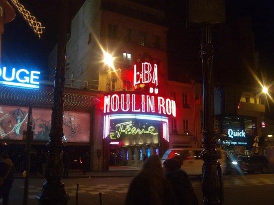 Libertel Montmartre Opera: moulin rouge