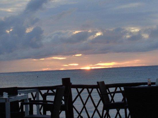 Sunscape Sabor Cozumel: Se ve la puesta del sol, un espectaculo impresionante